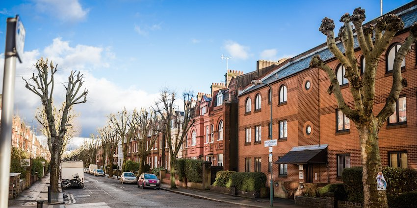 Selling Rental Property in London - Molae Properties - image of houses on residential street in London