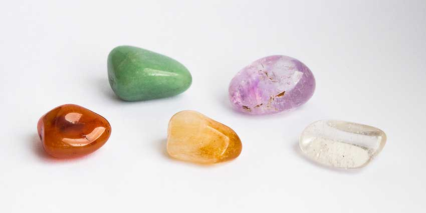 Five colourful stones, Five reasons to sell you house fast